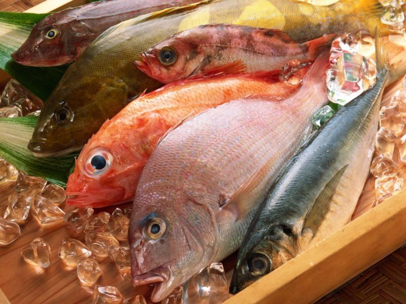 К чему снится соленая рыба женщине сонник
