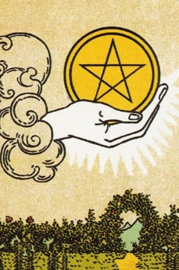 Ace of Pentacles: the meaning of the Tarot card, a combination with other arcane